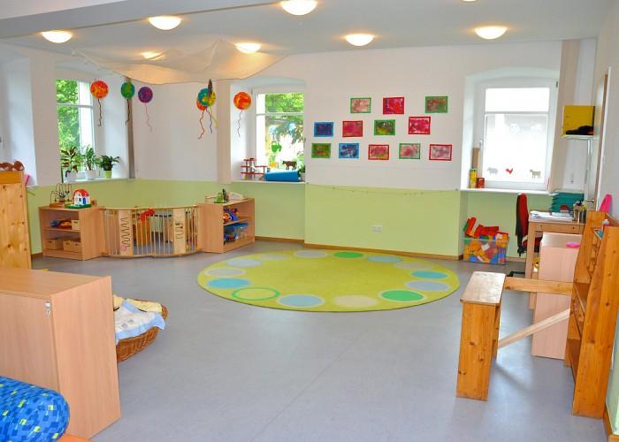 Gruppenraum der Kinderkrippe