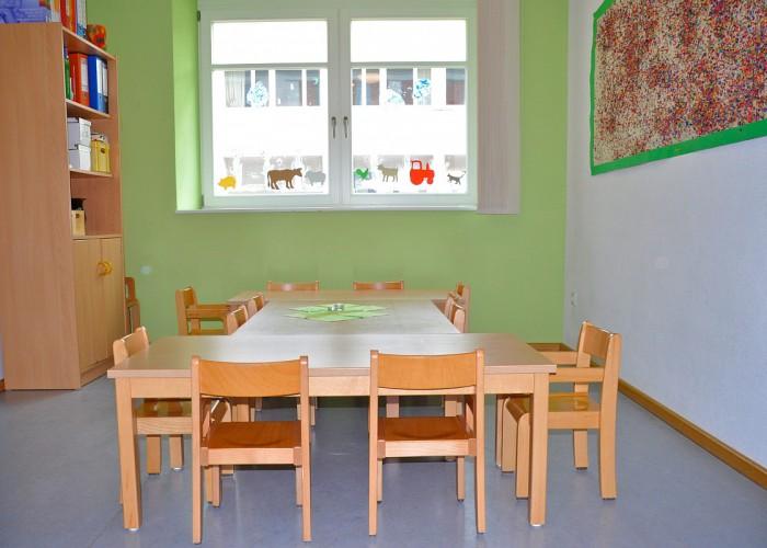 Raum zum Essen in der Kinderkrippe